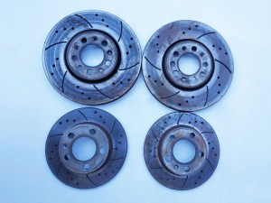 Set 4 dischi freni originali VW Golf IV